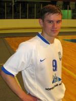Алексей Брусенцов, тренер ДЮСШ-6 города Норильска, рассказал о реальном состоянии футбола в стране на примере окружающей действительности